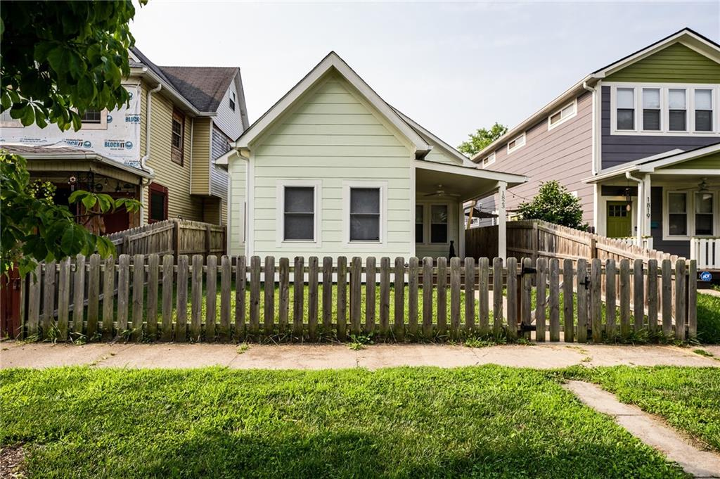 1823 Woodlawn, Indianapolis, IN 46203